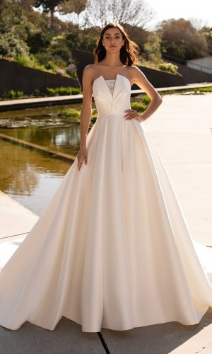 Granada Ball Bridal Wedding Gown Singapore SingaporeGownRental