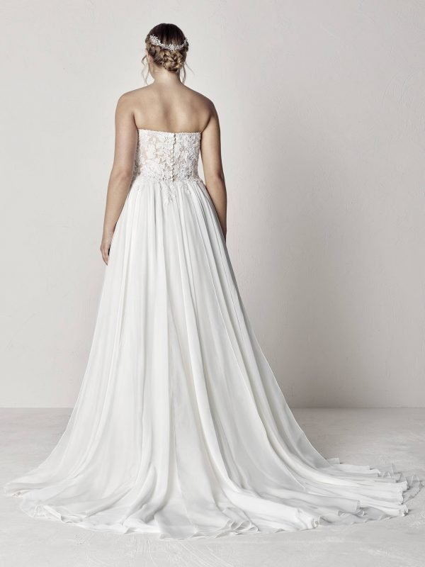 Mercury Plus Size Gown Rental Singapore Wedding Dress SingaporeGownRental