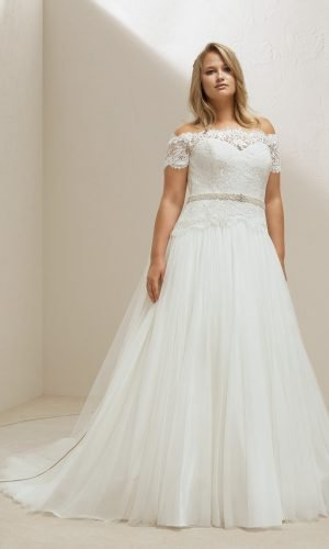 Neptune Plus Size Gown Rental Singapore Wedding Dress SingaporeGownRental