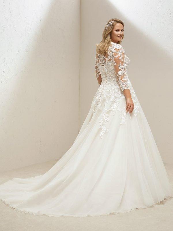 Venus Plus Size Gown Rental Singapore Wedding Dress SingaporeGownRental