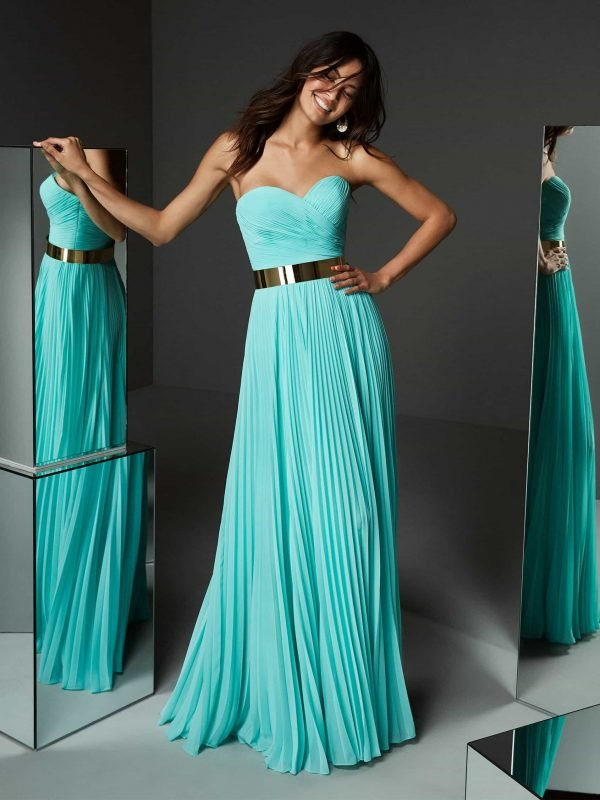 Geneva Evening Gown Rental Singapore SingaporeGownRentalporeGownRental® Zermatt Evening Gown This stunning gown will have you looking positively radiant at your next event. Assurance Specially designed gown for SingaporeGownRental Rental Period: 8 Days Free Alteration Free 2-way Delivery